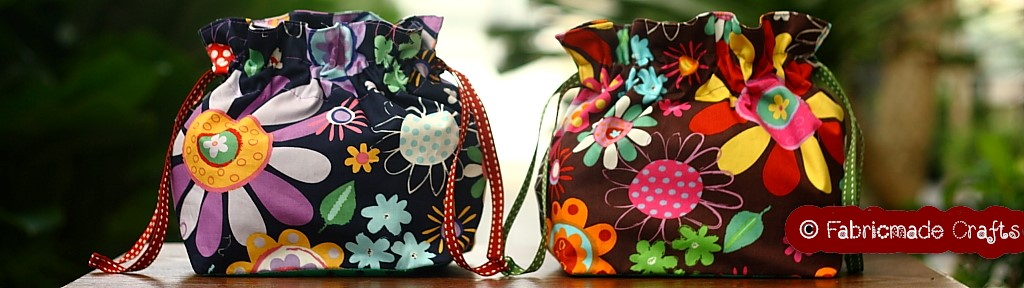 Fabricmade Crafts Drawstring Bag (Square-Base)